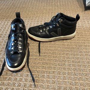 Veja Shoes Size 39